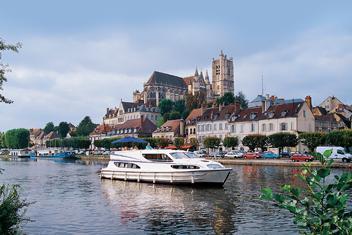 Region Burgund Canal du Nivernais